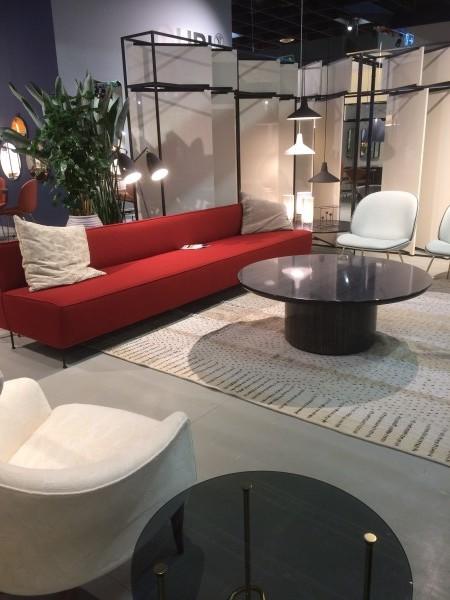 neue m bel m belmesse in k ln. Black Bedroom Furniture Sets. Home Design Ideas